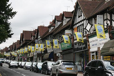 Chalfont St Peter Buckinghamshire travel guide and Chalfont St
