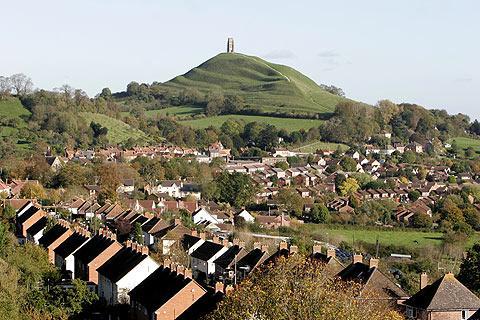 Glastonbury Somerset Travel Guide And Glastonbury Information