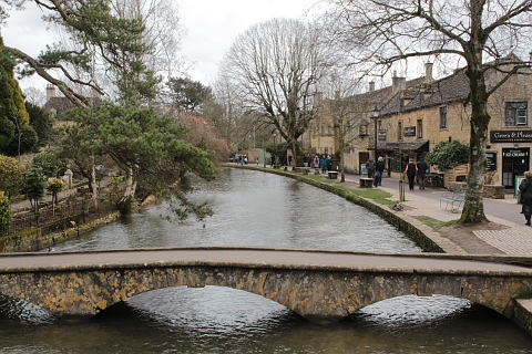Photo of Bourton on the Water in Cotswolds (Gloucestershire region)