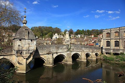 Photo of Bradford-on-Avon in Wiltshire (Wiltshire region)