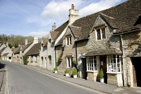 Photo of Castle Combe in Cotswolds (Wiltshire region)