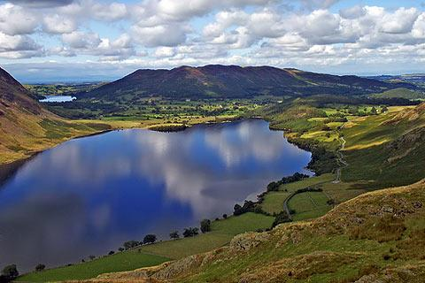 Photo of Crummock Water in Lake District (Cumbria region)