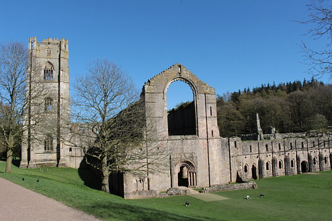Photo of Fountains Abbey in North Yorkshire (North Yorkshire region)