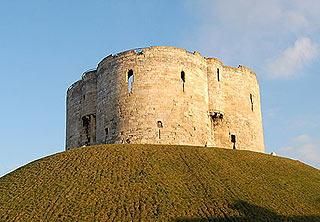 York castle (Cliffords tower)