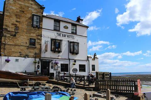 Beach-front pub at Robin Hood's Bay